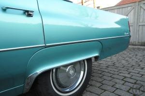 "4-Hollywood - Feeling inclusive.................... Cadillac Sedan deVille "" Adriatic Turquois..."