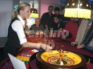 ROULETTE / FRENCH ROULETTE / AMERICAN ROULETTE / ROULETTE-TISCH / MOBILES CASINO