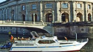 EVENTSchiff in BERLIN City - Private Stadtrundfahrt - Sightseeing - Rivercruise - Ab 2 bis 25 P.