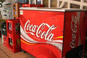 Kühlschrank Red Bull : American kühlschrank schön haut red bull auf den anhänger der
